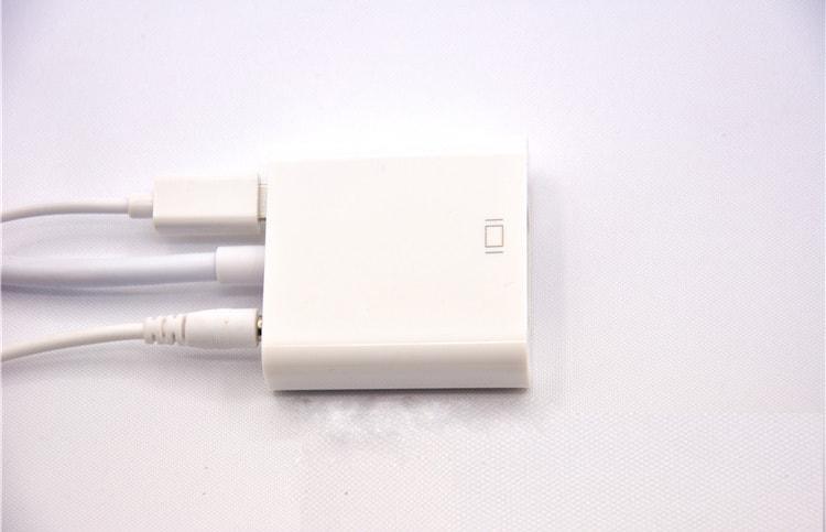 Cáp chuyển HDMI - VGA có nguồn riêng chuẩn MicroUSB