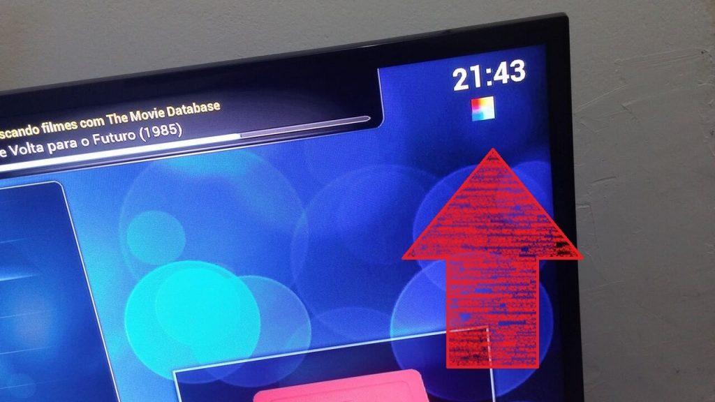 Lỗi ô vuông bảy màu trên Raspberry Pi bị thiếu nguồn